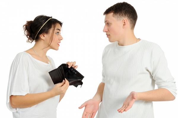 4 Признака того, что деньги и карьера портят отношения