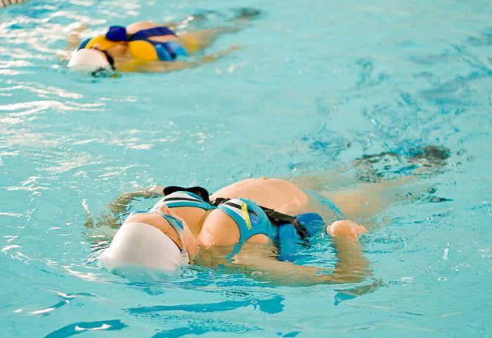 Аквааэробика для беременных: как и когда лучше начать занятия аквааэробикой в бассейне беременной женщине