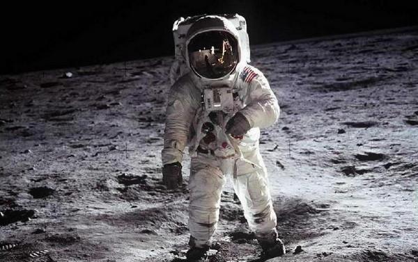 Как продать луну? уроки маркетинга от nasa
