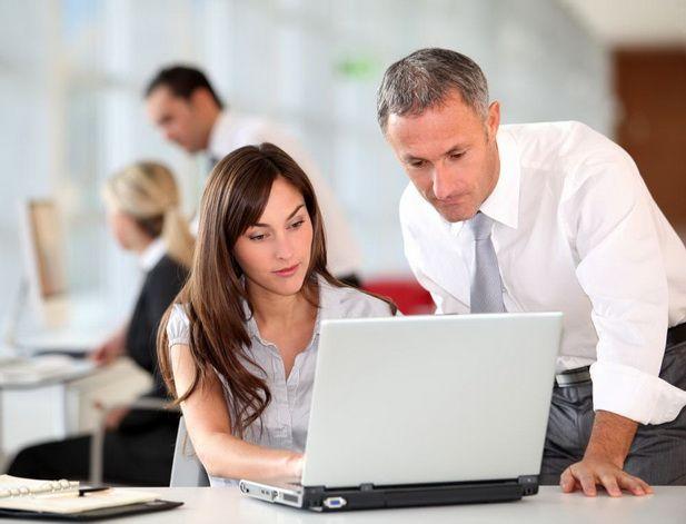 Легко ли работать с начальником-родственником?