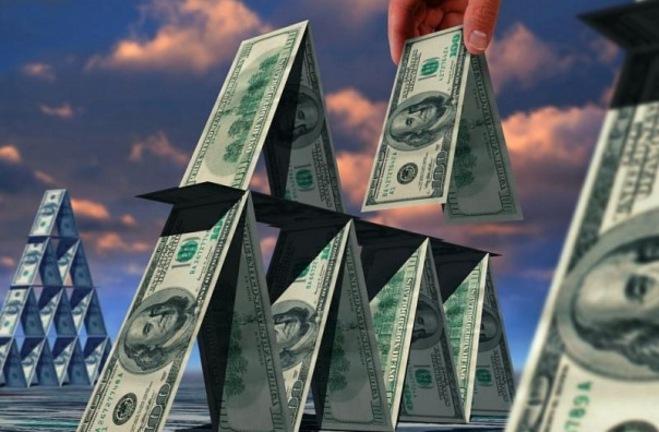 Организаторов финансовых пирамид отправят за решетку