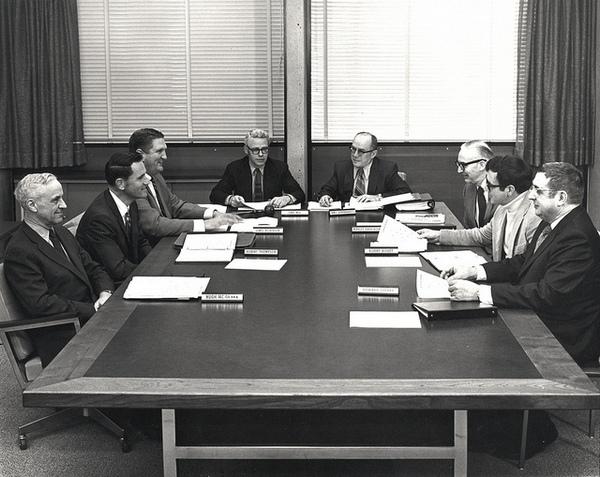 Совещания — зло, или как повысить эффективность групповых дискуссий?