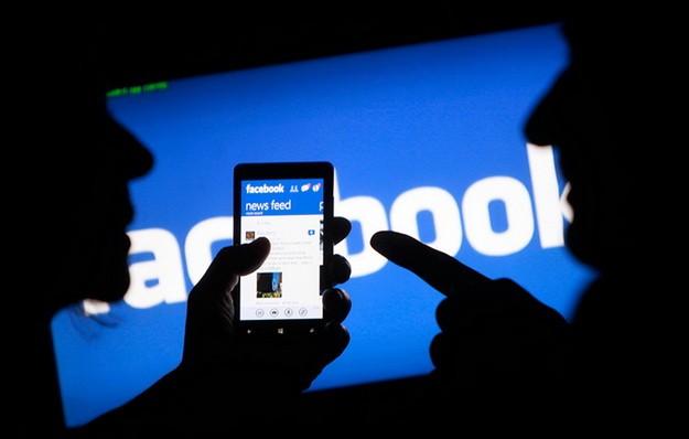 Замешан ли фейсбук в политике: расследование